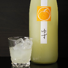 鶴梅 ゆず	Citrus Fruit Liqueur