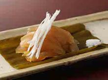 토종닭 가슴살 코부지메(다시마 절임)