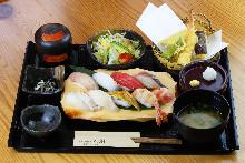 초밥 밥상