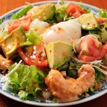 아보카도 해산물 샐러드