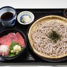 다진 참치 파 덮밥 소바 밥상
