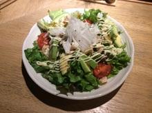 아보카도 해물 샐러드