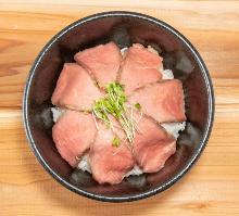 로스트비프 덮밥