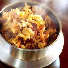 닭고기를 다키코미밥