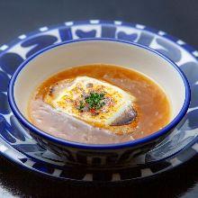 양파 그라탱 수프