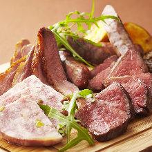 모둠 고기 요리