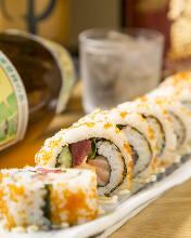 해산물 샐러드 김초밥