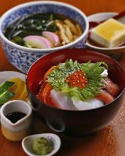 해물 덮밥, 우동