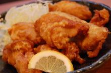 닭 튀김 카레맛