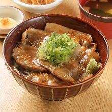 돼지고기 된장 덮밥