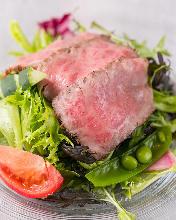 소고기 타타키 샐러드