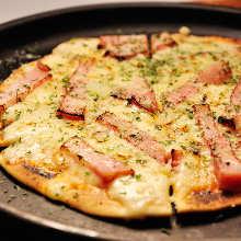 치즈 베이컨 피자