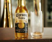 科罗娜特级啤酒