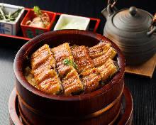 蒲烧鳗鱼饭