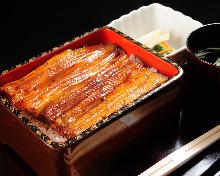 特級上等鳗鱼盒饭