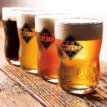 对比品尝4种精酿啤酒