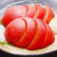 凉拌西红柿
