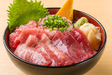 4种金枪鱼盖饭