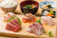 生鱼片御膳套餐