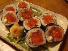 海鲜粗卷寿司