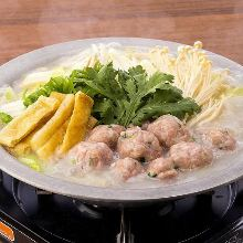 鸡肉丸子锅