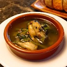 西班牙蒜香牡蛎