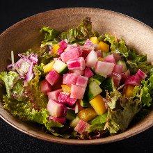 碎切蔬菜沙拉