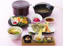 1,740日元组合餐 (4道菜)