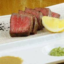 炭火烤沙朗牛肉