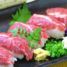 马肉手握寿司
