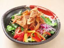 炸牛蒡沙拉 芝麻沙拉酱