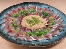 青花鱼生鱼片