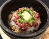 生拌肉石锅饭