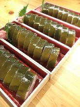 青花鱼寿司