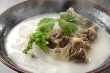 韩式牛尾汤饭