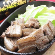 炭火烤猪肉
