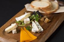 4种奶酪拼盘