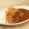 山梨县产「甲州富士樱猪肉」的猪排咖喱饭