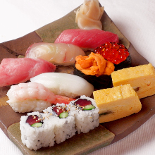 握寿司拼盘