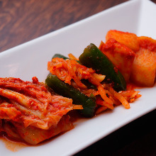 3种韩国泡菜拼盘