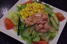 金枪鱼玉米沙拉