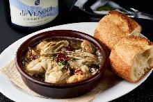 西班牙蒜香炖牡蛎蘑菇