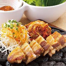 韩式烤五花肉拼盘