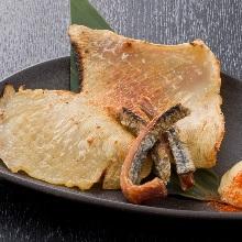 炭火炙烤鱏鳍