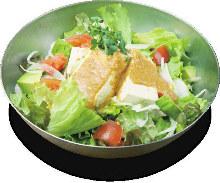 豆腐沙拉 配芝麻沙拉酱