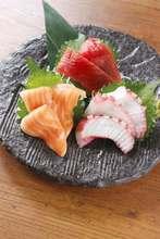 3种生鱼片拼盘