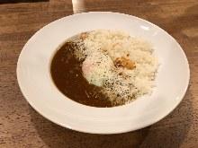 煮牛筋咖喱