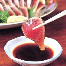 拍松鲣鱼生鱼片