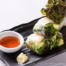 鲜虾牛油果生春卷