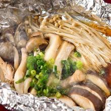 铝箔纸包烤蘑菇